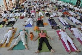 yoga foule